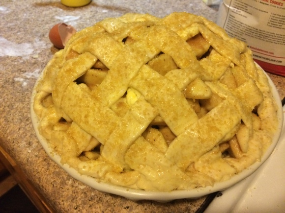 lattice crust deep dish apple pie | how we did Thanksgiving | Brooklyn Homemaker