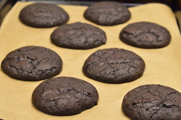 chocolate peanut butter whoopie pies | Brooklyn Homemaker