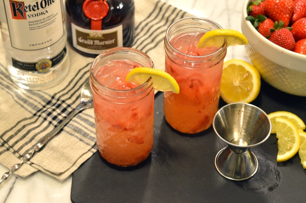boozey strawberry lemonade | Brooklyn Homemaker