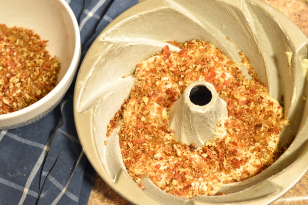 maple bacon bundt cake with bacon pecan streusel swirl | Brooklyn Homemaker