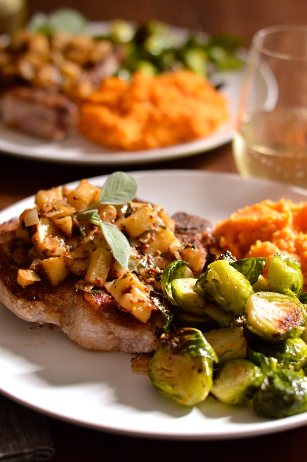 seared pork chops with apples, onions, & mustard | Brooklyn Homemaker