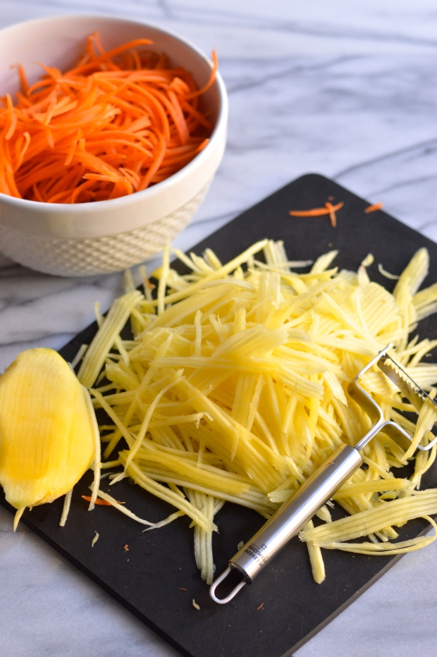 steak topped carrot and mango salad with chili lime dressing   Brooklyn Homemaker