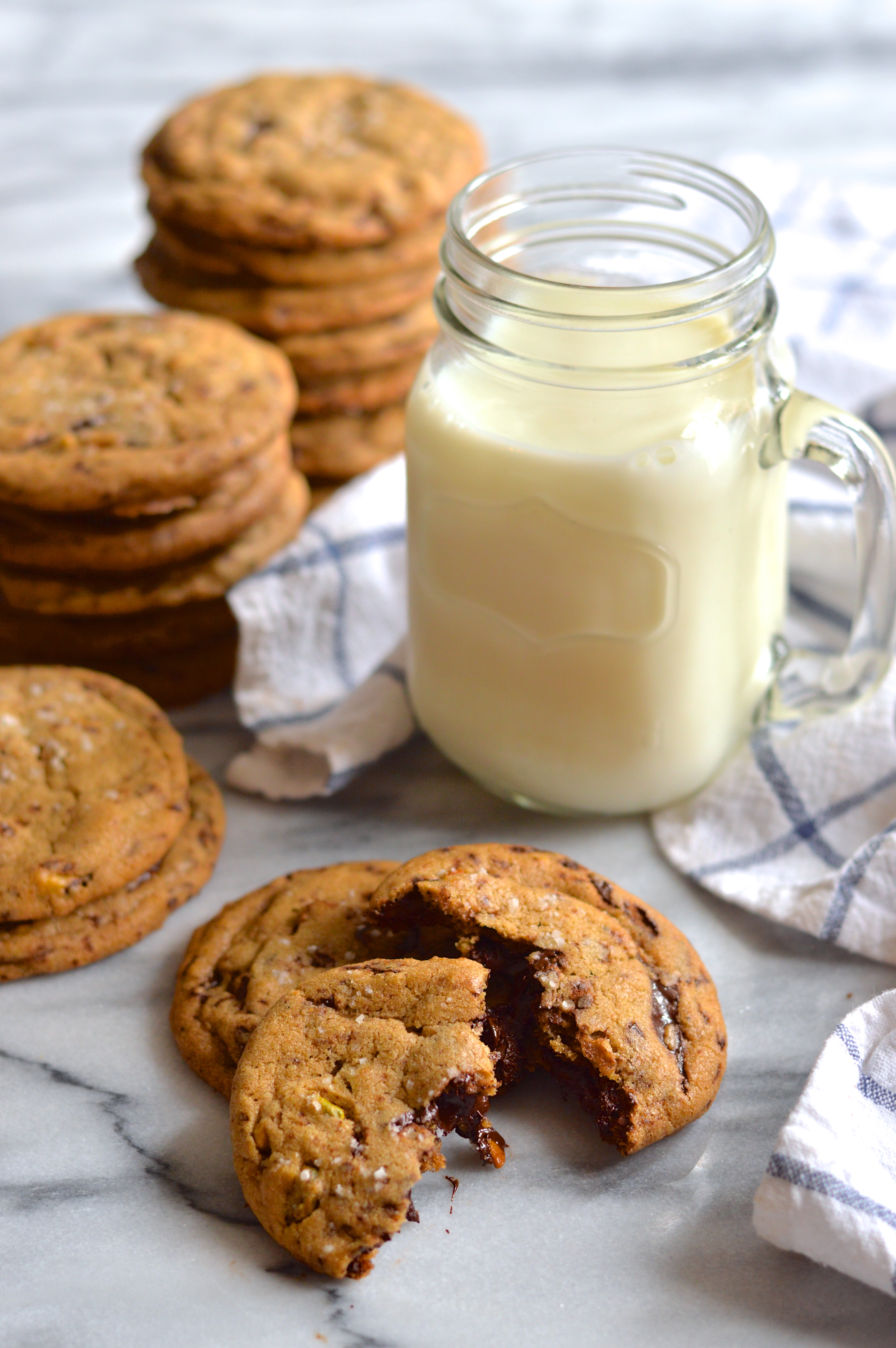 pistachio and dark chocolate chunk cookies with brown butter and fleur ...