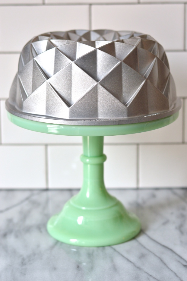Nordic Ware Jubilee bundt pan giveaway | Brooklyn Homemaker