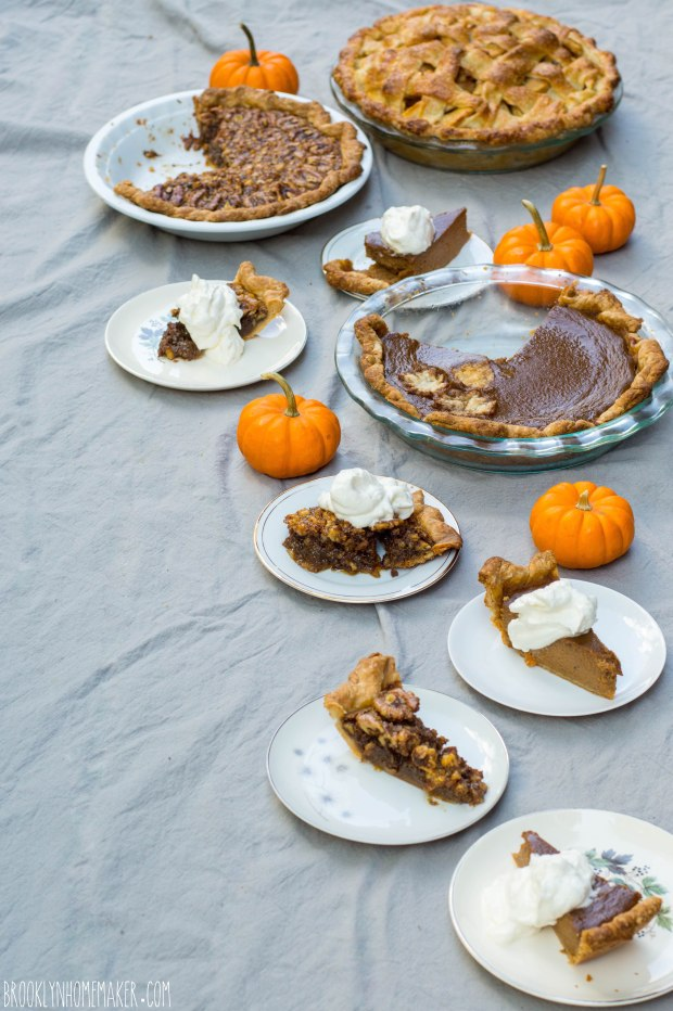 fakegiving dinner spread| Brooklyn Homemaker