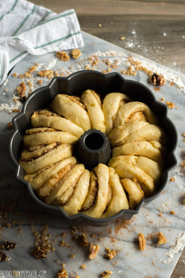 walnut schnecken bundt cake | German cinnamon roll cake | Brooklyn Homemaker