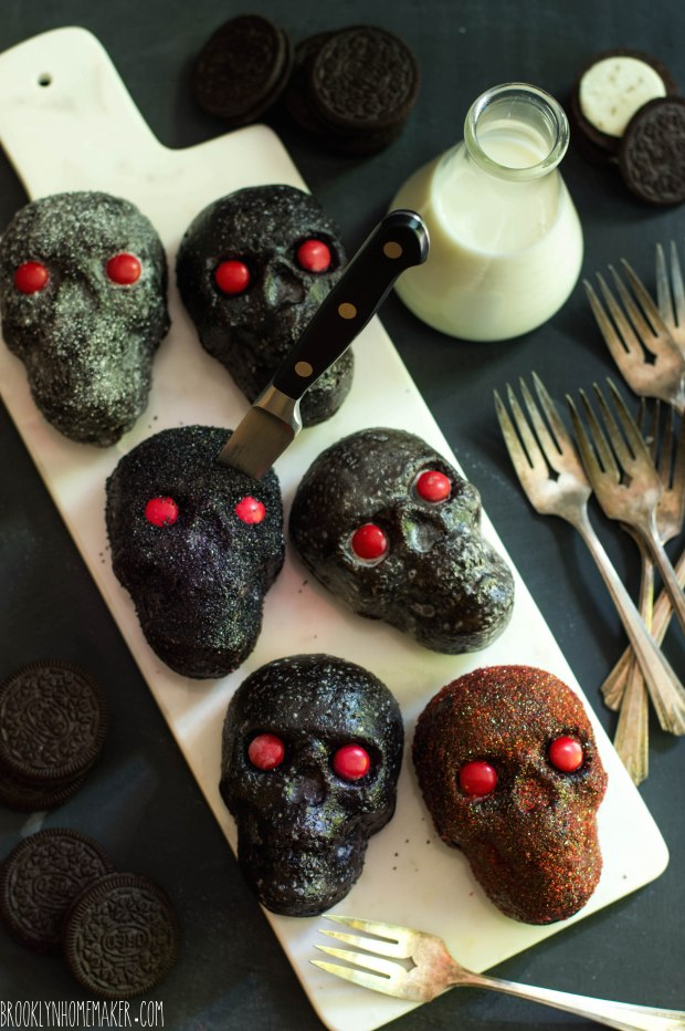 Dark Chocolate Amp Oreo Mini Skull Cakes Brooklyn Homemaker