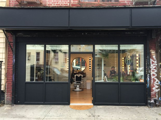 https://brooklynhomemaker.com/2016/10/21/maxwells-for-hair-getting-there/